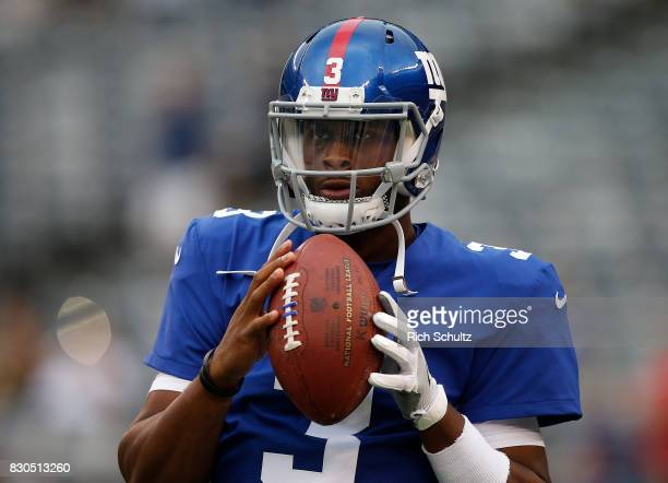 Geno Smith of the New York Giants warms up before an NFL preseason game against the Pittsburgh Steelers at MetLife Stadium on August 11 2017 in East...