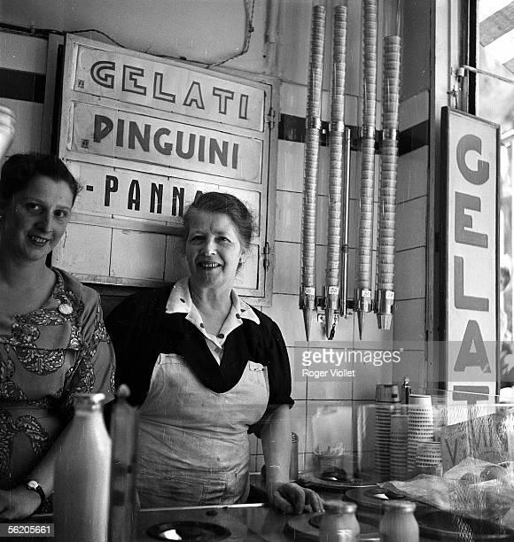 Genoa Icecream seller June 1952