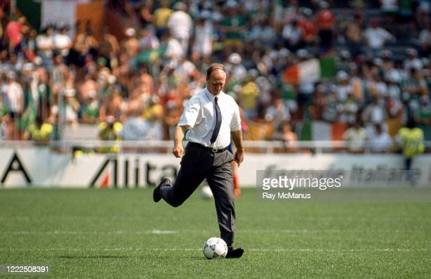 Genoa Italy 25 June 1990 Republic of Ireland manager Jack Charlton prior to the FIFA World Cup 1990 Round of 16 match between Republic of Ireland and...