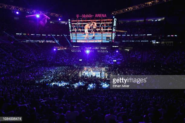 A genreal view shows Gennady Golovkin and Canelo Alvarez during their WBC/WBA middleweight title fight at TMobile Arena on September 15 2018 in Las...