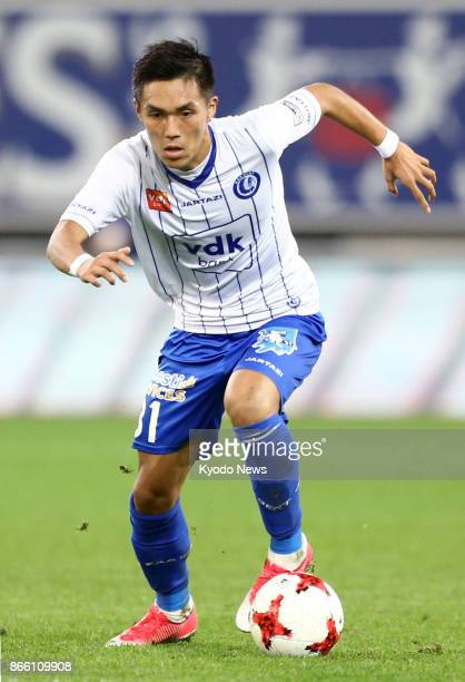 Gent's Japanese striker Yuya Kubo attacks in the first half of a 30 home win over Eupen in the Belgian first division on Oct 24 2017 ==Kyodo