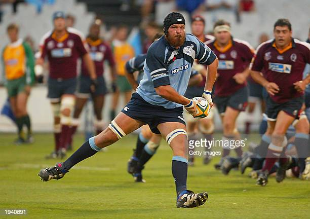 Geo Cronje of the Bulls in action during the Round nine Super 12 match between the Bulls and the Queensland Reds April 19 2003 at Pretoria...
