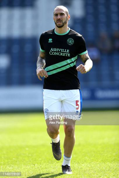 Geoff Cameron of QPR warms up ahead of the Skybet Championship match between Queens Park Rangers and Blackburn Rovers at Loftus Road on April 19 2019...