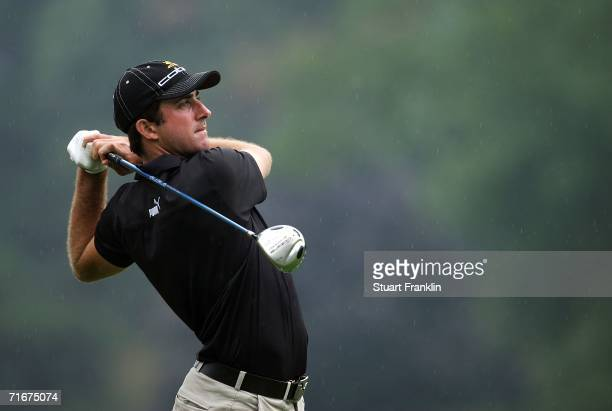 Geoff Ogilvy of Australia hohits a tee shot on the 12th hole during the second round of the 2006 PGA Championship at Medinah Country Club on August...