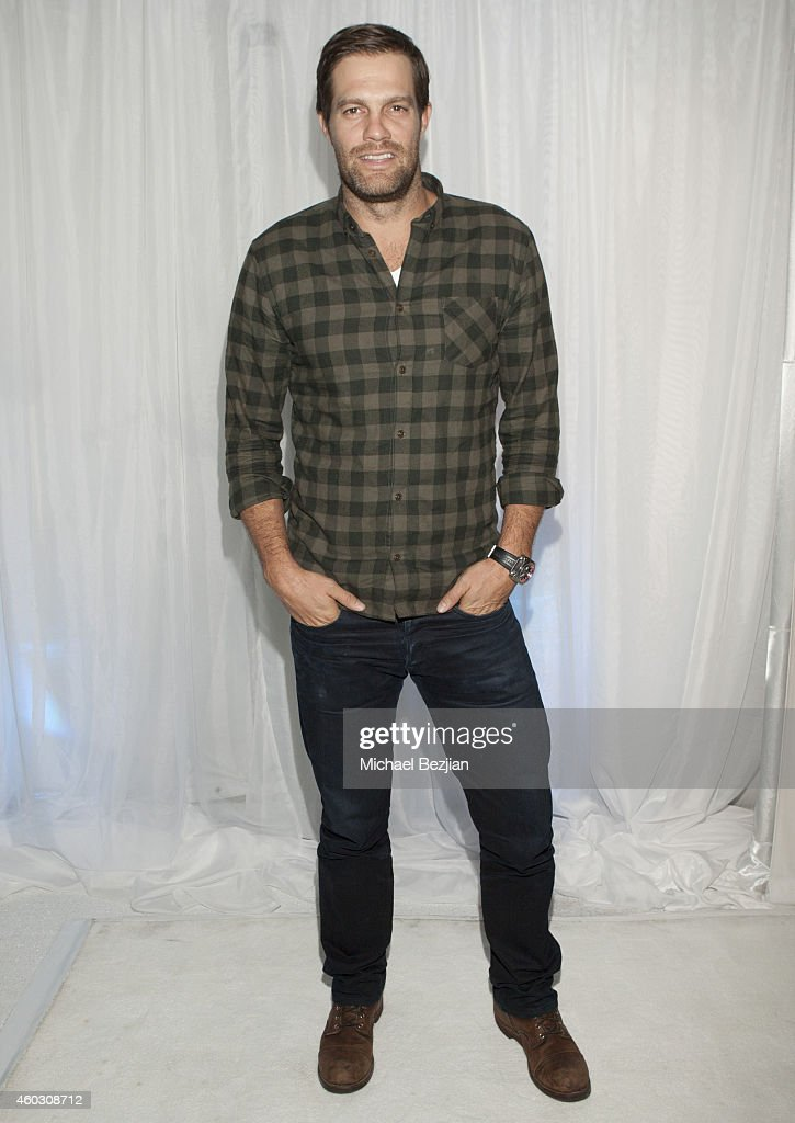 Geoff Stults attends 1st Annual Runway Wonderland Children's Benefit By Trina's Kids Foundation at Hubble Studio on December 10, 2014 in Los Angeles, California.
