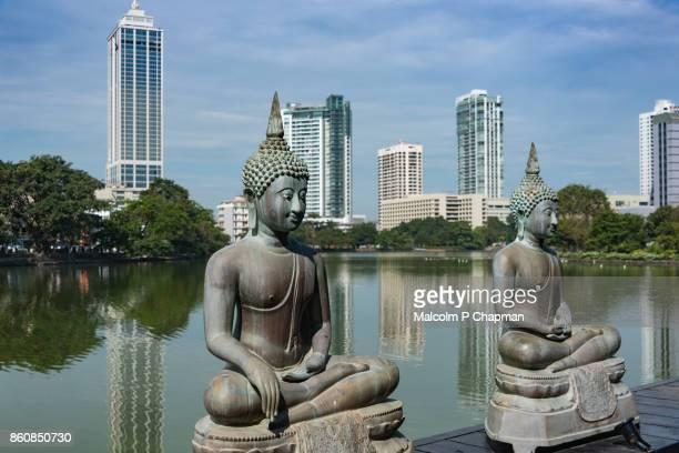geoffrey bawa designed seema malaka temple, south beira lake, colombo, sri lanka - sri lankan culture stock pictures, royalty-free photos & images
