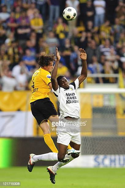 Geoffrey Castillion of RKC Waalwijk Robbie Wielaert of Roda JC during the Eredivisie match between Roda JC and RKC Waalwijk at the Parkstad Limburg...