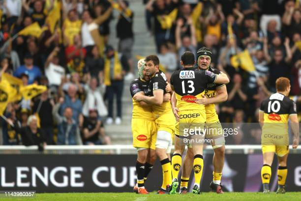 Geoffrey Doumayrou of Stade Rochelais and team mates celebrate during the Challenge Cup Semi Final match between La Rochelle and Sale Sharks at on...