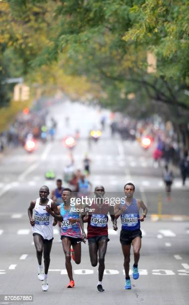 Geoffrey Kamworor of Kenya Lelisa Desisa of Ethiopia Wilson Kipsang of Kenya and Lemi Berhanu of Ethiopia lead the field of the Professional Men's...