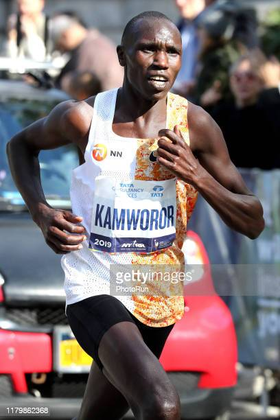 Geoffrey Kamworor runs in Central Park during the TCS New York City Marathon on November 3 2019 in New York City