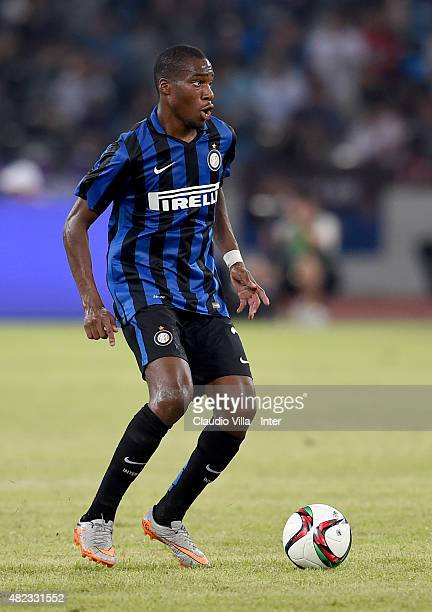 Geoffrey Kondogbia of FC Internazionale in action during the International Champions Cup match between AC Milan and FC Internazionale on July 25 2015...