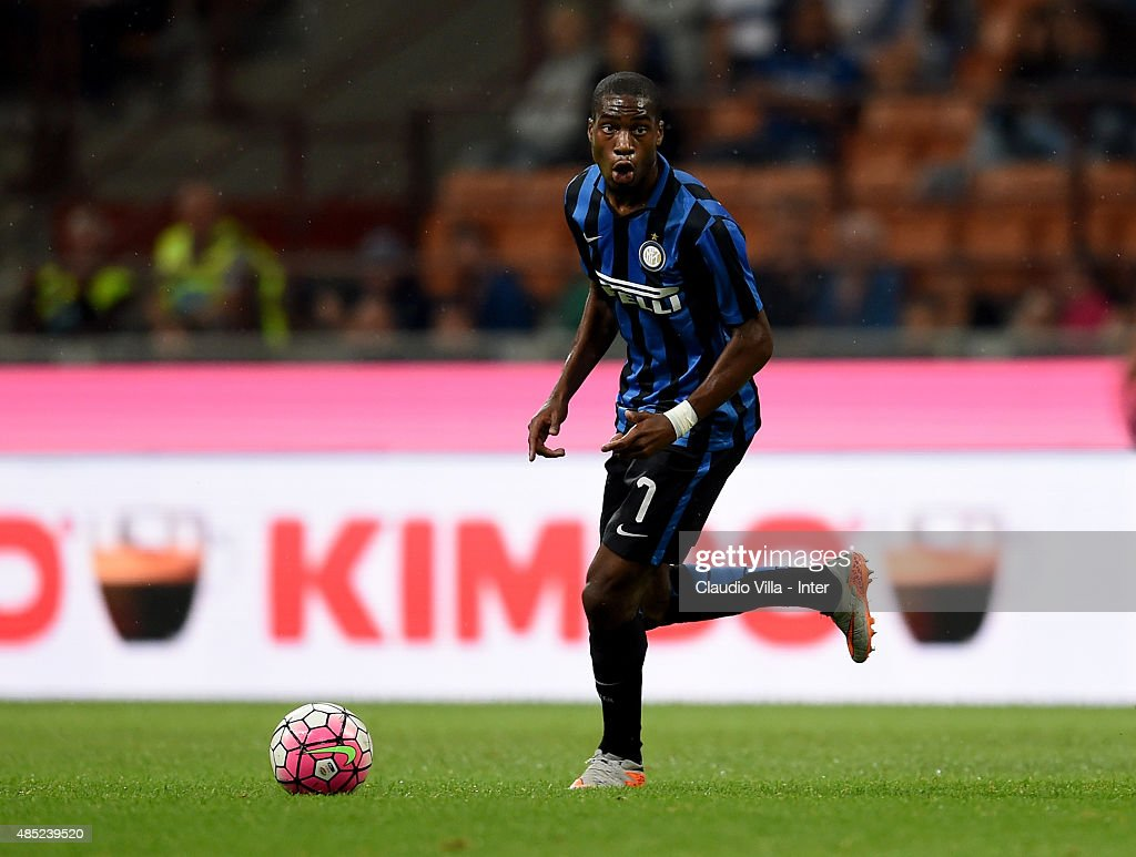 Geoffrey Kondogbia of FC Internazionale in action during the Serie A match between FC Internazionale Milano and Atalanta BC at Stadio Giuseppe Meazza on August 23, 2015 in Milan, Italy.