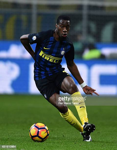 Geoffrey Kondogbia of FC Internazionale in action during the TIM Cup match between FC Internazionale and Bologna FC at Stadio Giuseppe Meazza on...