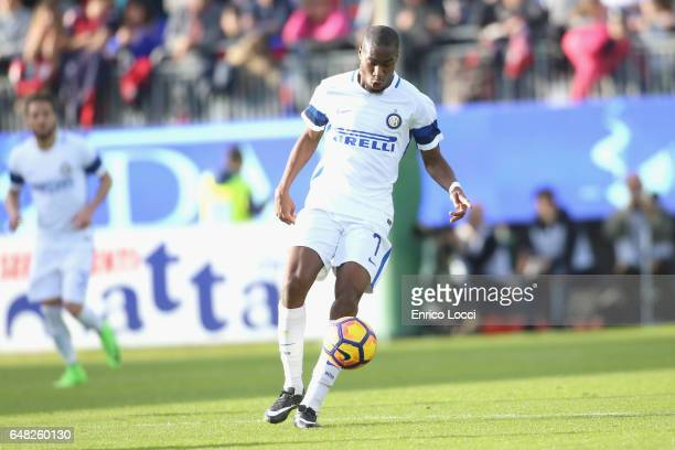 Geoffrey Kondogbia of Inter in action during the Serie A match between Cagliari Calcio and FC Internazionale at Stadio Sant'Elia on March 5 2017 in...
