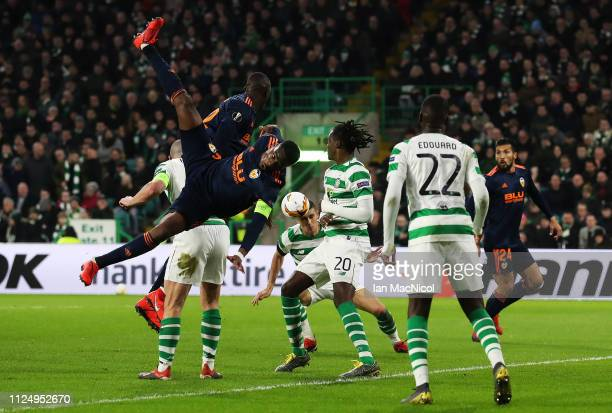 Geoffrey Kondogbia of Valencia CF heads at goal during the UEFA Europa League Round of 32 First Leg match between Celtic and Valencia at Celtic Park...