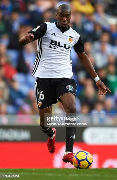 Geoffrey Kondogbia of Valencia runs with the ball during the La Liga match between Espanyol and Valencia at CornellaEl Prat stadium on November 19...
