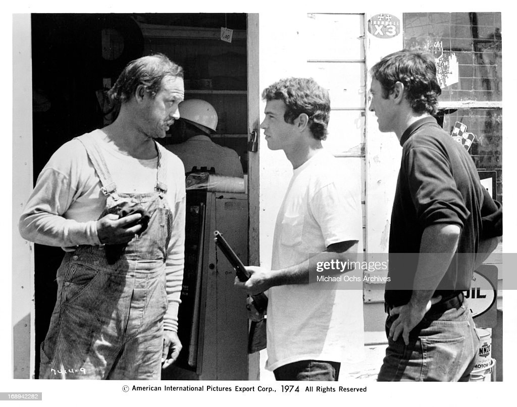 Geoffrey Lewis, Alan Vint and Jesse Vint in a scene from the film 'Macon County Line', 1974.