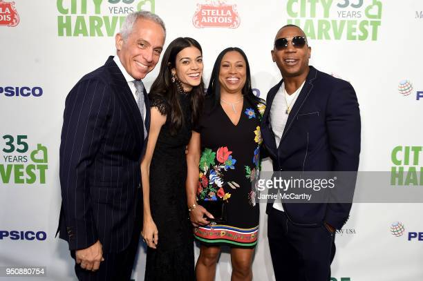 Geoffrey Zakarian Margaret Zakarian Aisha Atkins and Ja Rule attend City Harvest's 35th Anniversary Gala at Cipriani 42nd Street on April 24 2018 in...