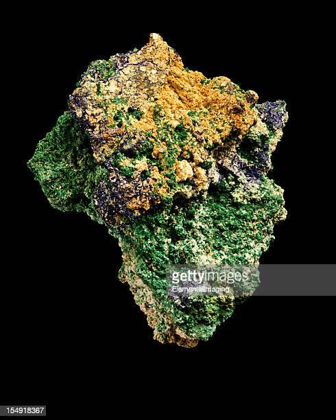 地質学アジュライト、マラカイトのミネラルサンプル絶縁アフリカ型 - 孔雀石 ストックフォトと画像