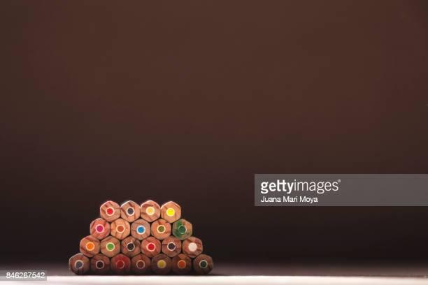 geometric forms of the pencils - geometria fotografías e imágenes de stock