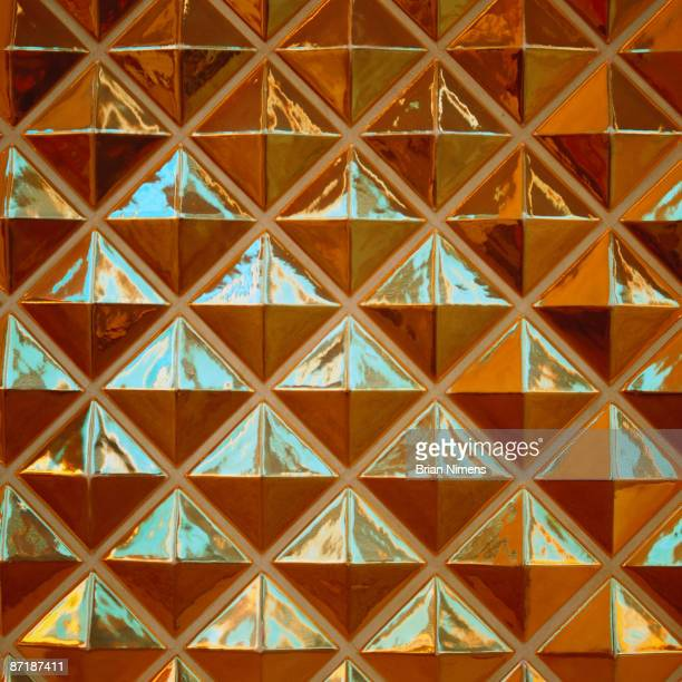 Geometric glass patterns