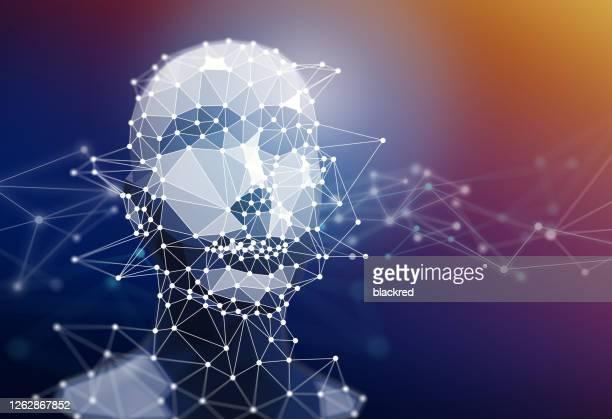 geometrische polygon kunstmatige intelligentie menselijk gezicht met netwerk grafische technologie achtergrond - menselijke vorm stockfoto's en -beelden