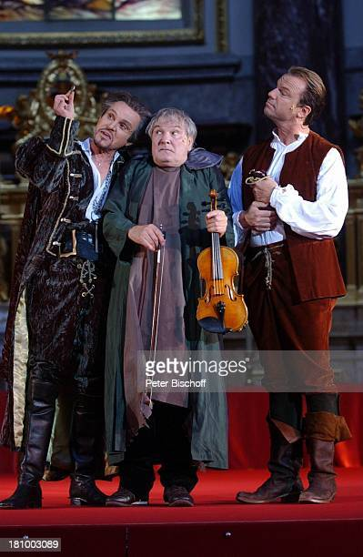 """Georg Preuße, Horst Schultheiss, Wolfgang Lippert , """"Jedermann""""-Festspiele, , Berlin, Deutschland, Europa, Berliner Dom, Aufführung, Theater, Bühne,..."""