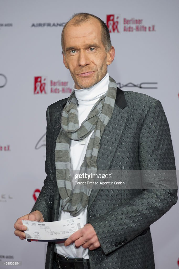 Artists Against Aids Gala 2014