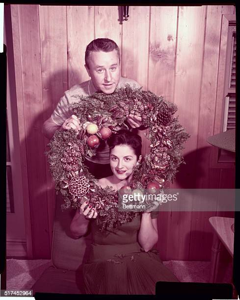 George and Alice Gobel wish you A Merry Christmas in this photograph