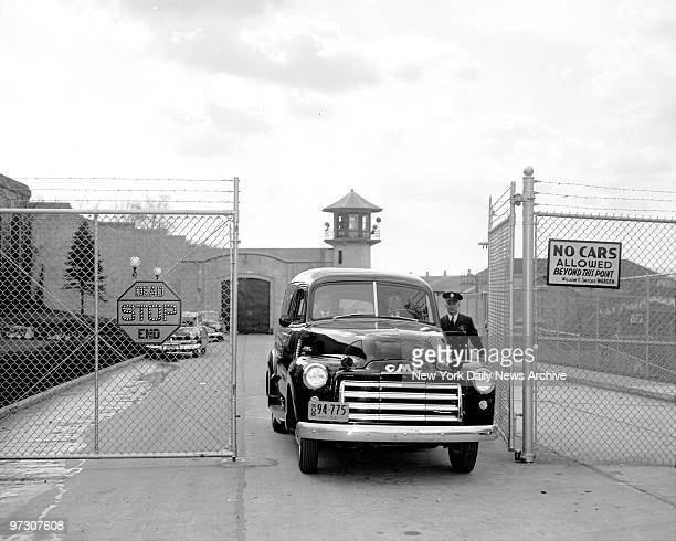 George B Cain President of the Metropolitan Funeral Service at 718 2nd Avenue New York City got permission from Sing Sing Prison guard Art Brown to...