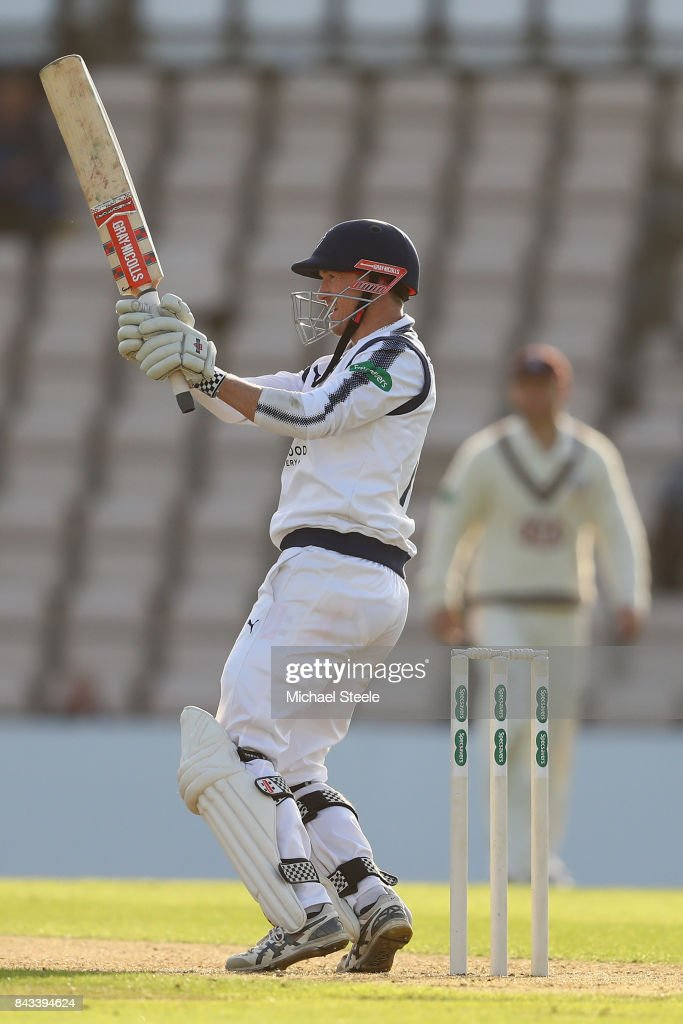 George Bailey of Hampshire pulls a delivery from Jade Dernbach during day two of the Specsavers County Championship Division One match between Hampshire and Surrey at the Ageas Bowl on September 6, 2017 in Southampton, England.