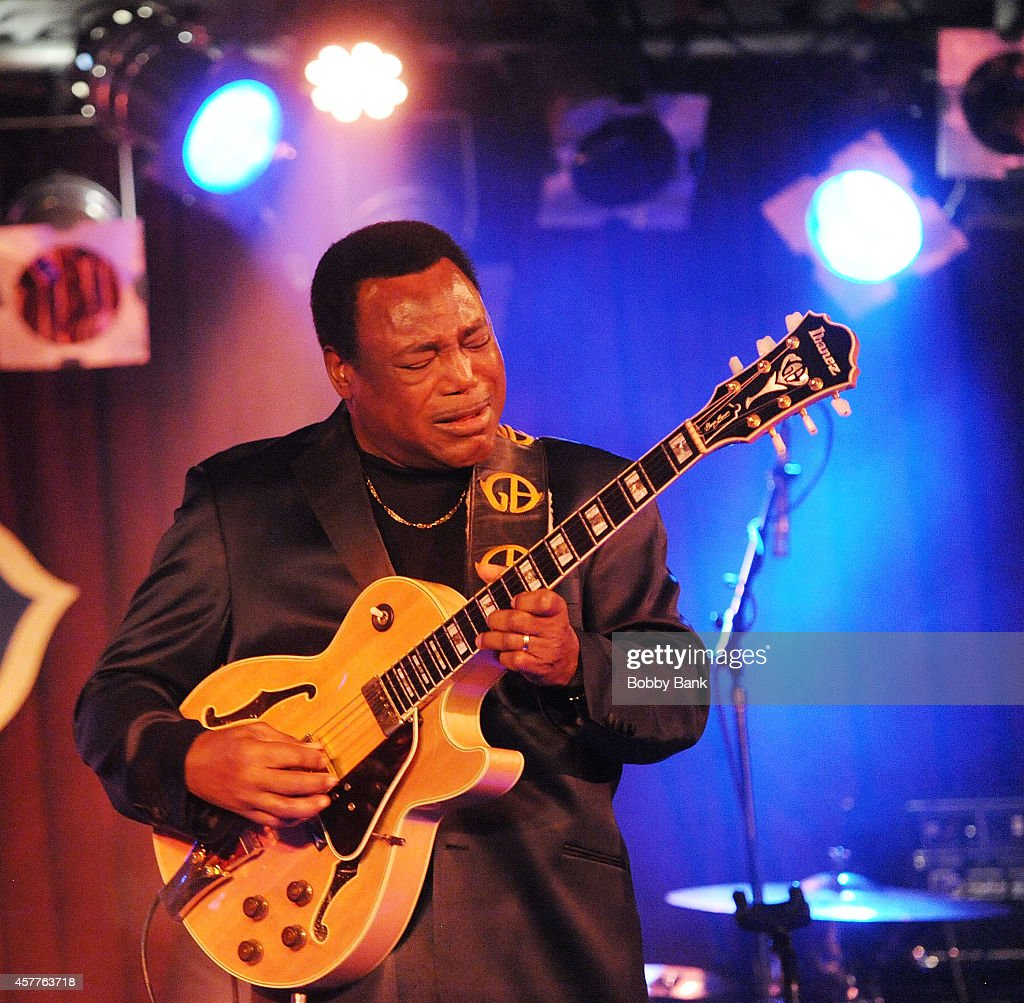 George Benson Performs At BB Kings : News Photo