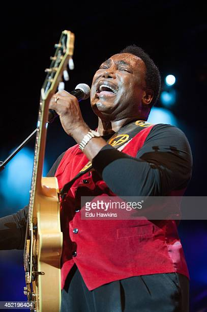George Benson performs on stage at Pinede Gould at Jazz A Juan on July 12 2014 in JuanlesPins France
