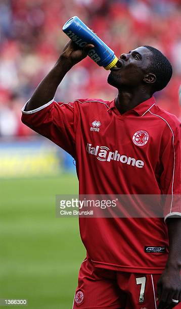 George Boateng of Middlesbrough enjoys a drink of Lucozade during the FA Barclaycard Premiership match between Middlesbrough and Blackburn Rovers...