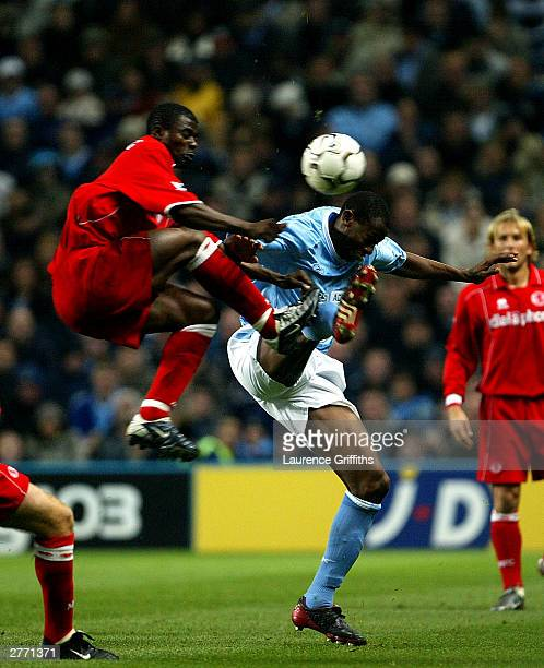 George Boateng of Middlesbrough jumps for the ball with Shaun Wright Phillips of City during the FA Barclaycard Premiership match between Manchester...