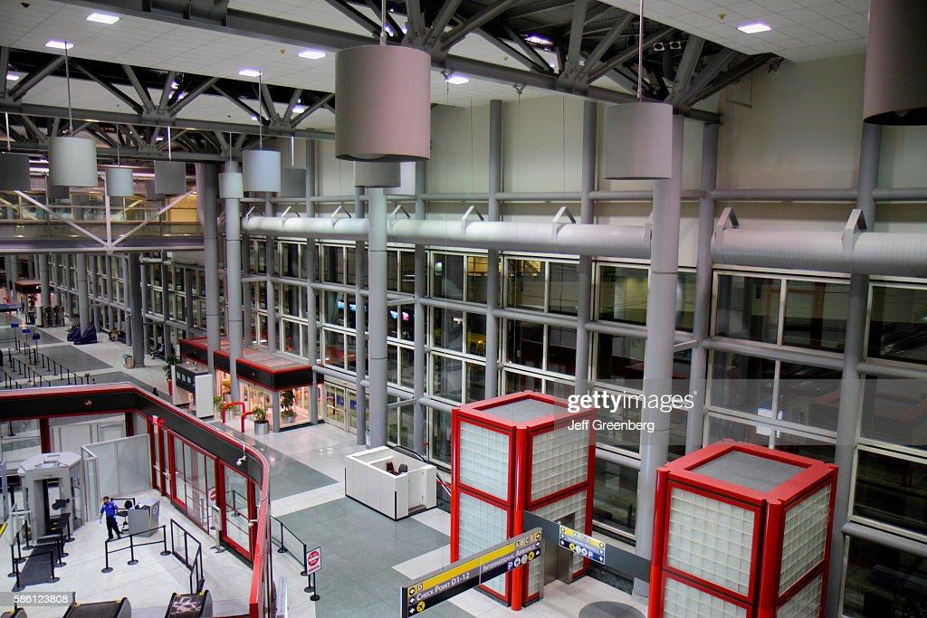 George Bush Intercontinental Airport, IAH, terminal concourse gate area, interior : News Photo