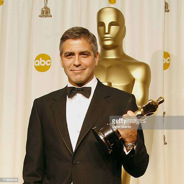 George Clooney winner Best Actor in a Supporting Role for Syriana