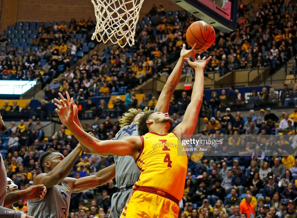 Iowa State v West Virginia : News Photo