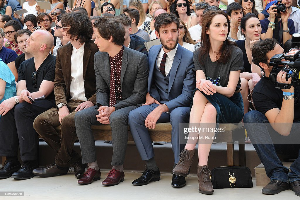 Burberry Prorsum: Front Row - Milan Fashion Week Menswear Spring/Summer 2013