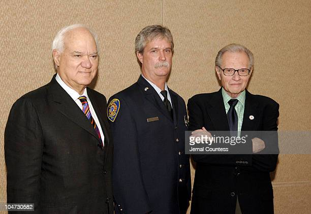 George Feldenkreis chairman/CEO of Perry Ellis International Daniel Sullivan firefighter2005 Father's Day Council All Star Dad and Larry King