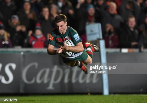 George Ford of Leicester Tigers scores a try during the Gallagher Premiership Rugby match between Leicester Tigers and Gloucester Rugby at Welford...