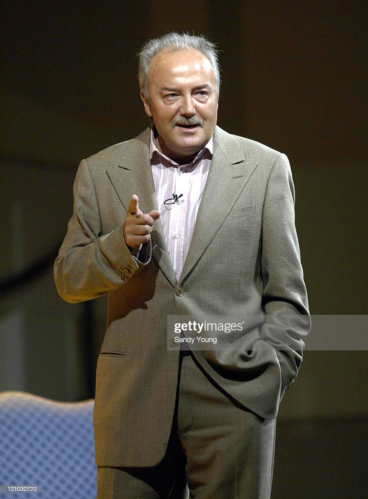 2005 Edinburgh Festival - An Audience with GEORGE GALLOWAY MP - The Mother of