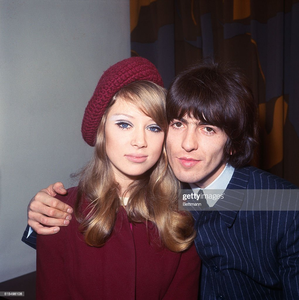 Newlyweds Patti Boyd and George Harrison : News Photo