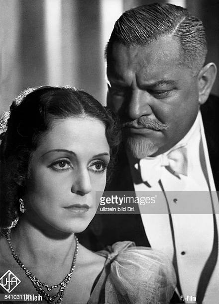 George Heinrich Actor Germany *09101893 Scene from the movie 'Frau Sylvelin' with Maria von Tasnady Directed by Herbert Maisch Germany 1938 Produced...