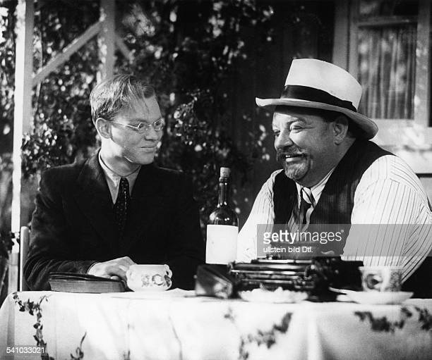 George Heinrich Actor Germany *09101893 Scene from the movie 'Ein Volksfeind' with Hans Richter Directed by Hans Steinhoff Germany 1937 Produced by...