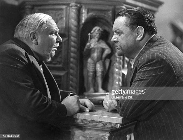George Heinrich Actor Germany *09101893 Scene from the movie 'Ein Volksfeind' with Albert Florath Directed by Hans Steinhoff Germany 1937 Produced by...
