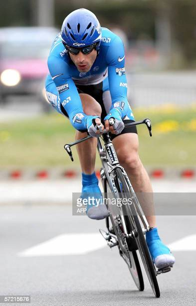 George Hincapie of Discovery Channel in action 30 March 2006 during the last stage of the De Panne 3Daagse cycling race a time trial in De Panne...