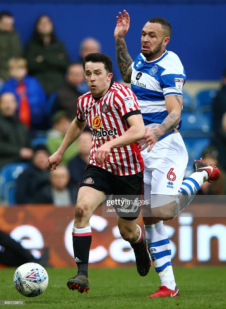 George Honeyman of Sunderland and Joel Lynch of QPR compete for the ball during the Sky Bet Championship match between QPR and Sunderland at Loftus Road on March 10, 2018 in London, England.