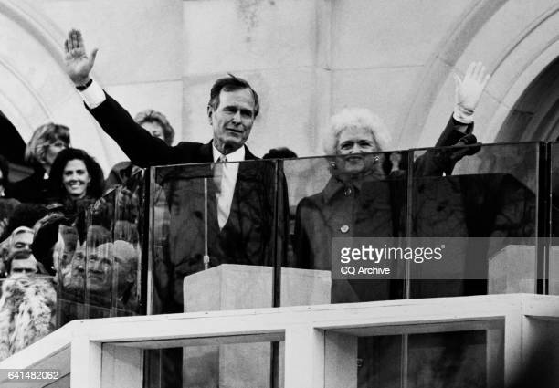 George H.W. Bush and Barbara Bush waving hands. November 1989