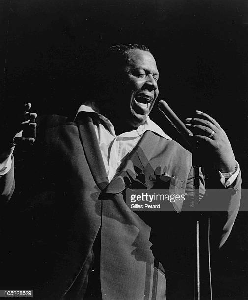George Kirby performs on stage in 1960 in the United States